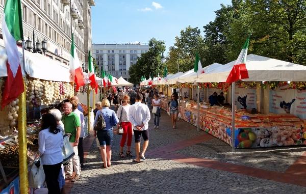 włoski targ żywności regionalnej