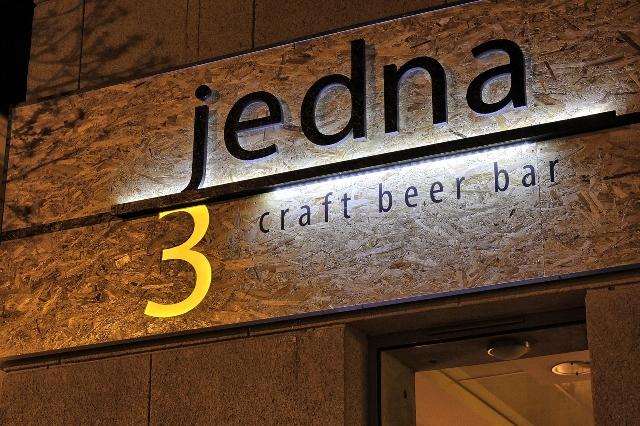 Jedna 3 Beer Bar