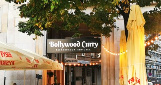 Bollywood Curry