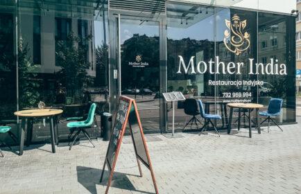 Mother India Dzielna